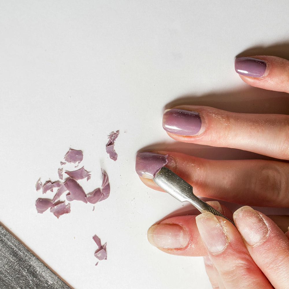 The Best Way to Remove Gel Nails at Home
